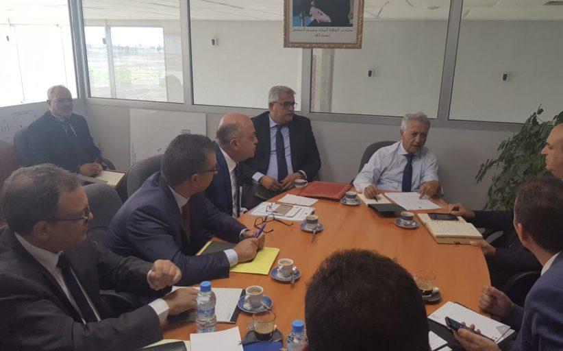 السيد ساجد يترأس جلسة عمل بمطار بنسليمان
